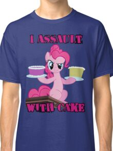 Pinkie Pie assaults with cake (My Little Pony: Friendship is Magic) Classic T-Shirt