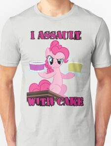 Pinkie Pie assaults with cake (My Little Pony: Friendship is Magic) Unisex T-Shirt