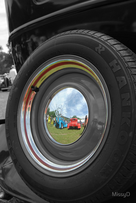 V8 Hub Cap In Selective Colour by MissyD