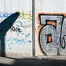 Graffiti and shadow by Manuel Gonçalves