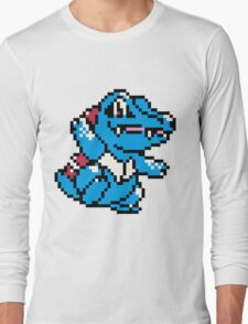Pokemon - Totodile Sprite Long Sleeve T-Shirt