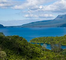 Mt Tarawera across Lake Tarawera by Yukondick