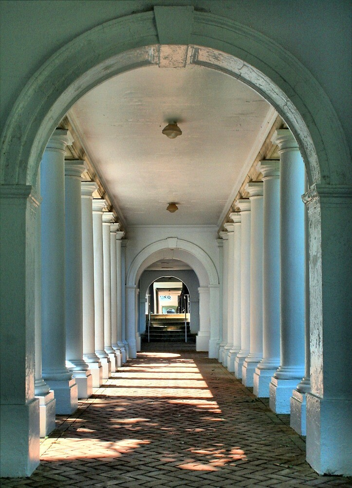 Colonnade Walkway Breezeway Perspective by HQPhotos