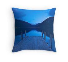 Dawn at Lake Rotoiti Throw Pillow