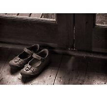 A childs shoes Photographic Print