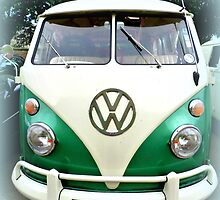 VW Splitscreen Camper 1967 by ©The Creative  Minds