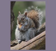 Lunch time! (Gray squirrel) Kids Clothes