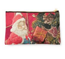 Santa Claus with Christmas  tree and  gift Studio Pouch