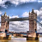 London - Tower Bridge by Eugenio