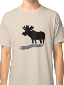 Moose at lake Classic T-Shirt