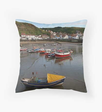 Boats at rest, Staithes Throw Pillow