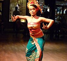 Balinese dancing  by machka