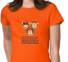 "The Barnsley Proverb ""Hear All, See all Say Nowt"" Womens Fitted T-Shirt"