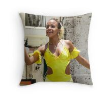 Girl in yellow. Throw Pillow