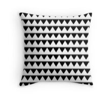 Beautiful Cushions/Triangle Illusions Throw Pillow