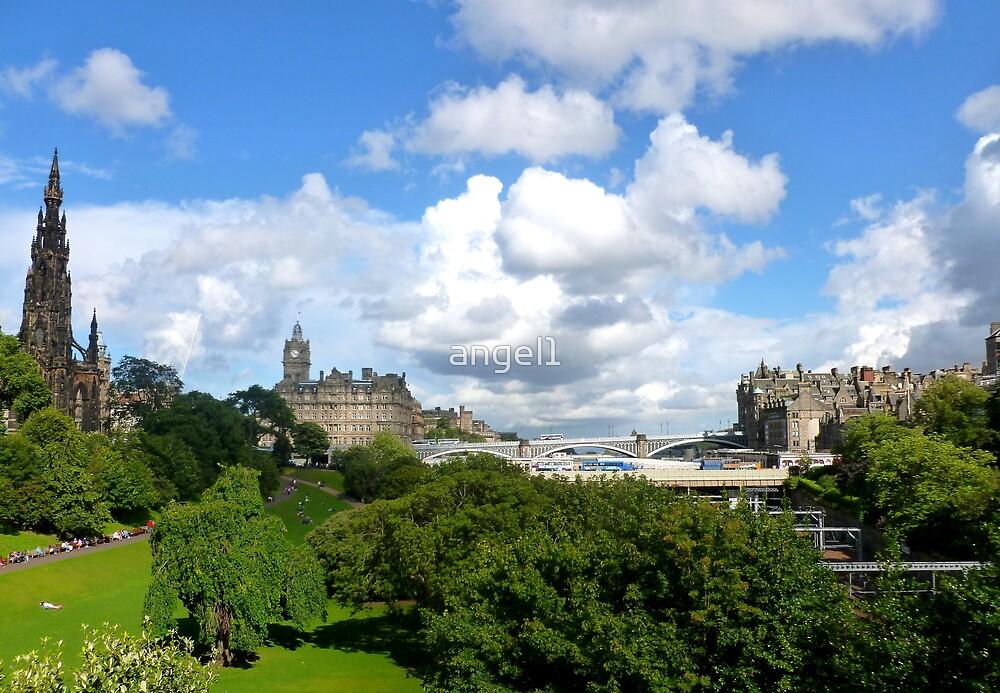Princes Street Gardens ~ Edinburgh by ©The Creative  Minds