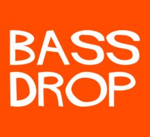 Bass drop by Messypandas