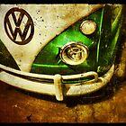 VW Bus by hollingsworth