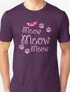 Meow Meow Meow cute kitty cat with kitty nose T-Shirt