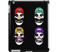 N. Misfit 4 (a) iPad Case/Skin