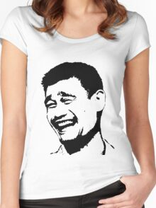 Che Ming Women's Fitted Scoop T-Shirt