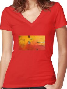 Red Earth Women's Fitted V-Neck T-Shirt
