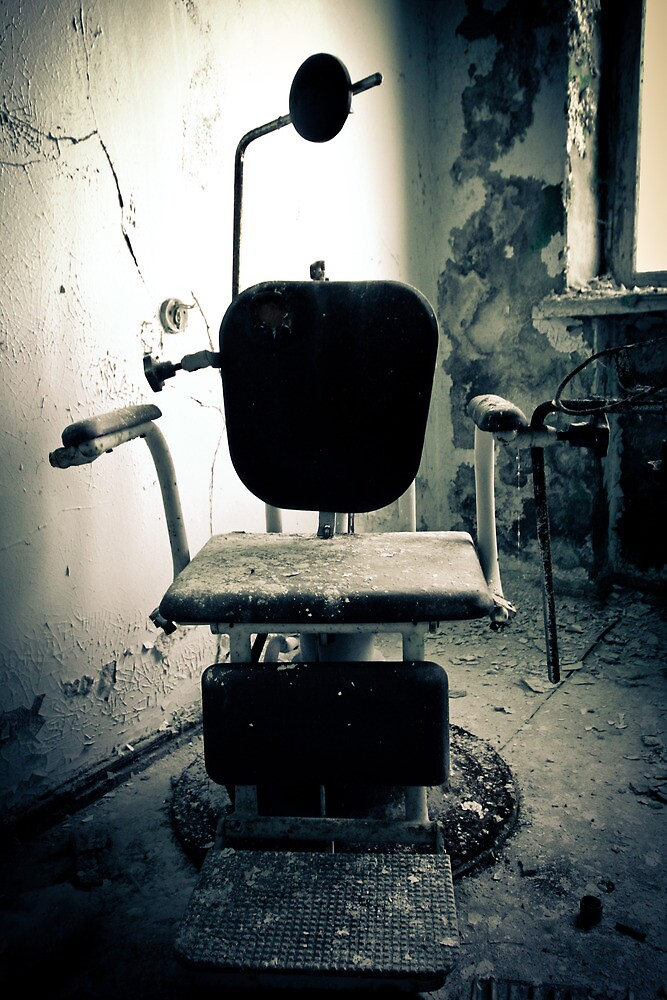 Asseyez-vous by Richard Pitman
