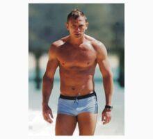 Daniel Craig by Lostbaren