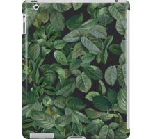 Greenery leaves pattern iPad Case/Skin