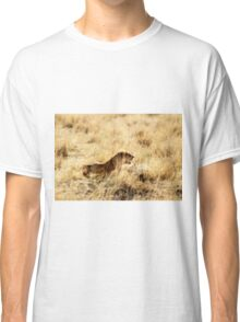 Stalking prey Classic T-Shirt