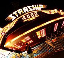 Starship Carnival Ride  by ThinkPics