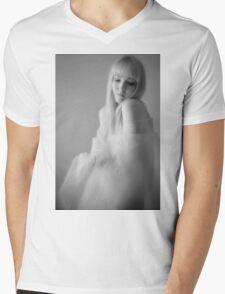 Sylph Sia  Mens V-Neck T-Shirt