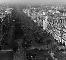 BW France Paris champs elysees avenue 1970s by blackwhitephoto