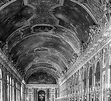 BW France palace of versailles mirrors galery 1970s by blackwhitephoto