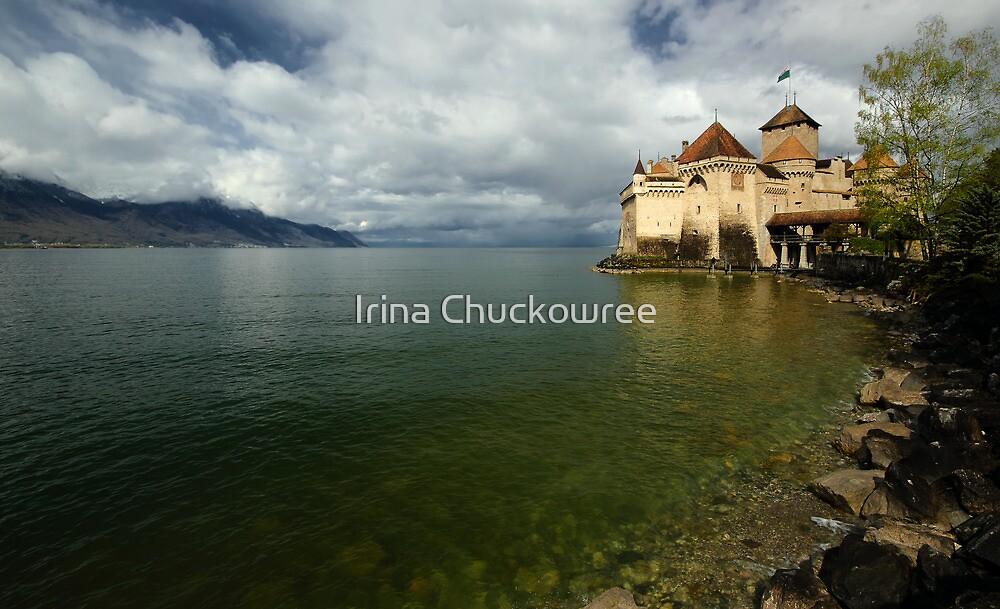 Chateau de Chillon by Irina Chuckowree