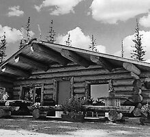 BW USA Alaska Modern alaskan log cabin 1970s by blackwhitephoto