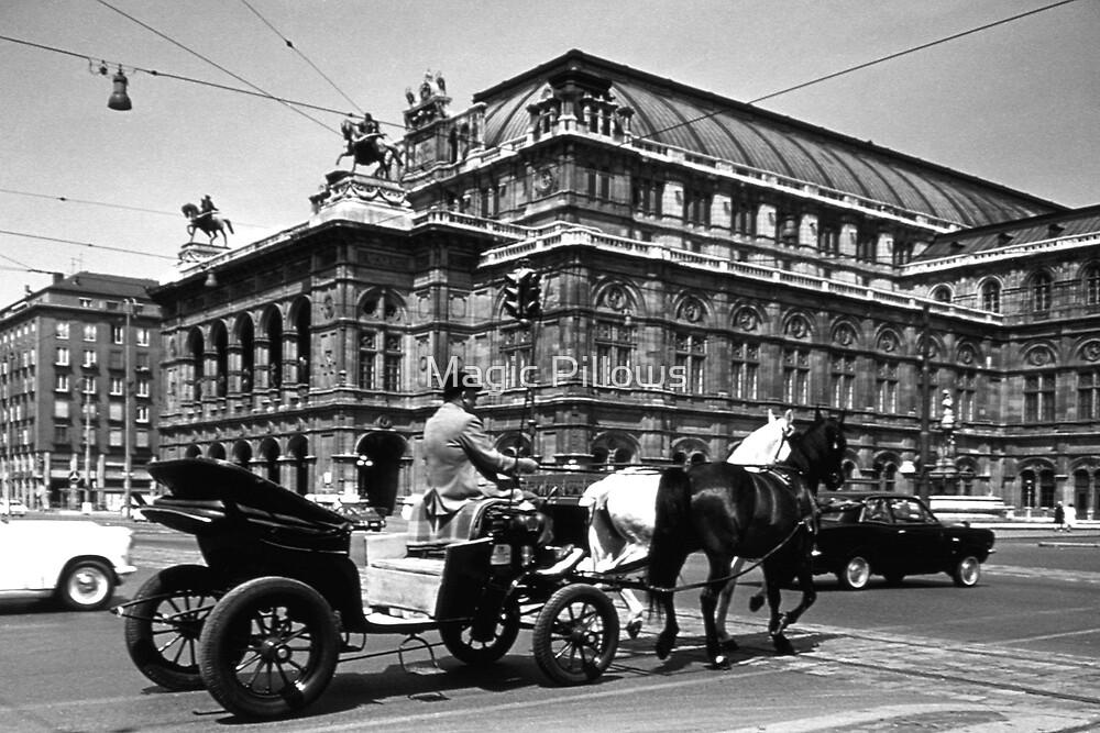 BW Austria Vienna Fiaker Staatsoper opera 1970s by blackwhitephoto