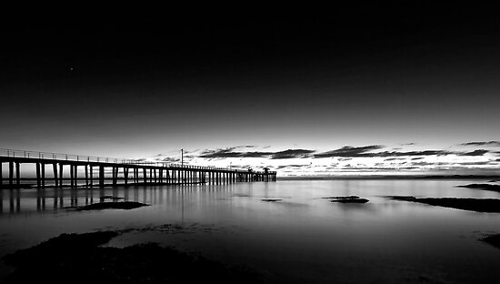 Dawn of a new day at Point Lonsdale by Andrew (ark photograhy art)
