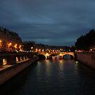 Lumière du soir sur la Seine by CiaoBella
