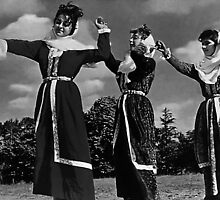 BW Turkey Istanbul traditional turkish dance 1970s by blackwhitephoto
