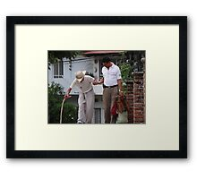 Yes We All Need Someone We Can Lean On - Todos Necesitamos Alguien Para Arrimarse Framed Print