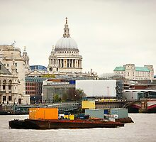 London's St. Paul's Cathedral by Alexandra Lavizzari