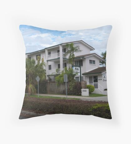 The Apartments, Trinity Beach, Suburb of Cairns. Que. Throw Pillow