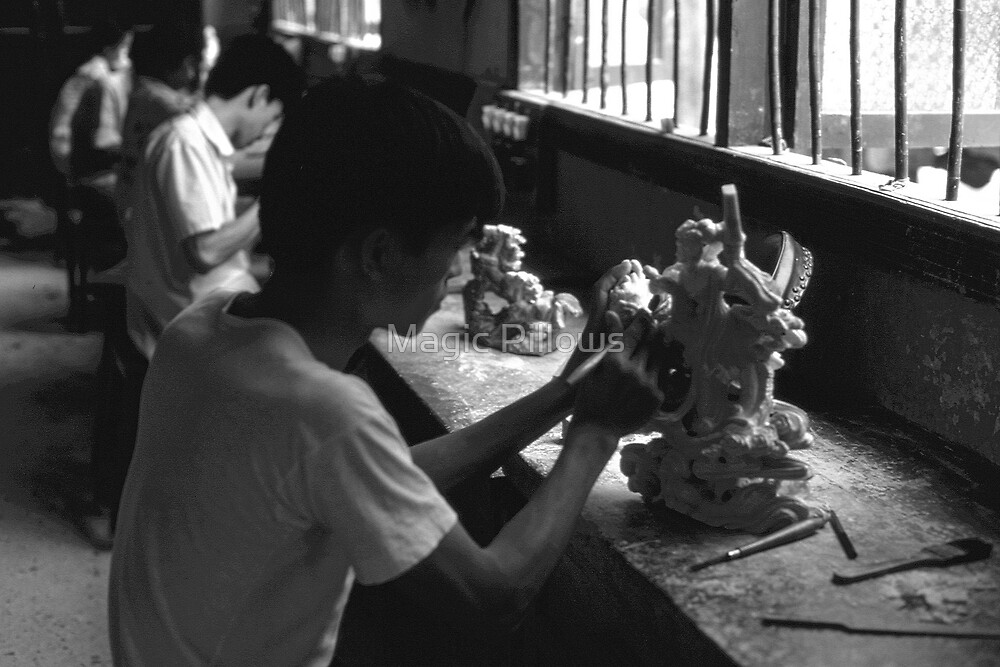 BW China Guilin stone sculpture workshop 1970s by blackwhitephoto