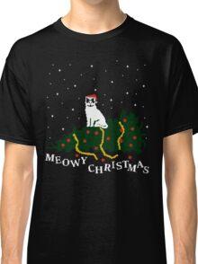 meowy christmas - cat vs. tree Classic T-Shirt