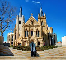 St Mary's Cathedral, Perth by Christine Smith