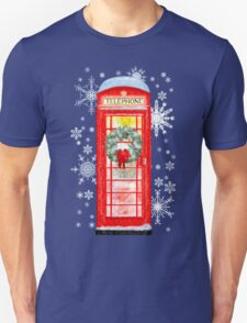 British Red Telephone Box In Falling Christmas Snow T-Shirt
