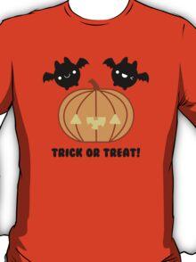 Halloween Adorable Kawaii Pumpkins and Bats T-Shirt