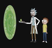 Rick & Morty makin' a portal Kids Tee