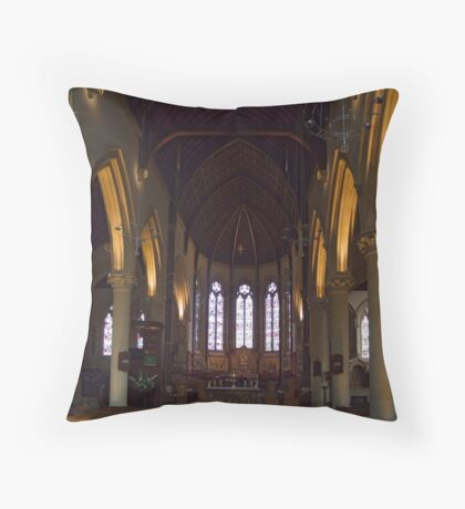 A moment of peace Throw Pillow